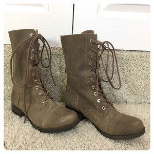 NWOT! Aldo boots